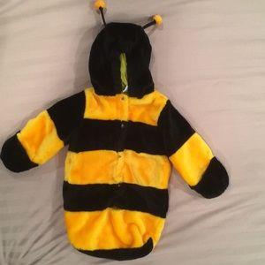 Infant bumblebee costume 0-6m